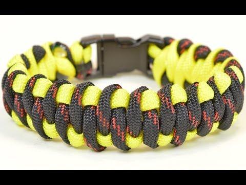 """Paracord Survival Bracelet - The """"Woven Weave"""" Design - BoredParacord"""
