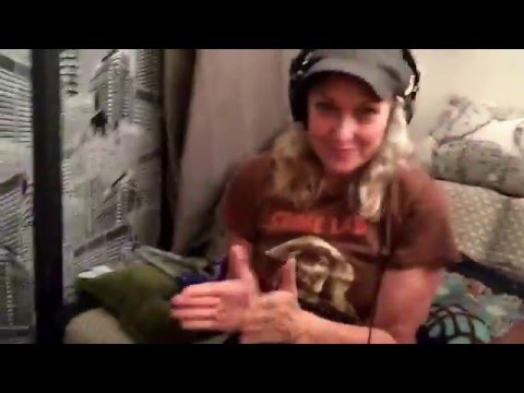 Leslie Carrara-Rudolph's One Woman Wizard of Oz - Getting Felt Up Podcast