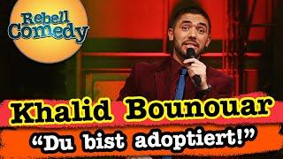 Khalid Bounouar – Scharade spielen mit Geschwistern
