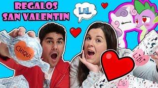 Abriendo REGALOS de San Valentín LOL Retos Divertidos