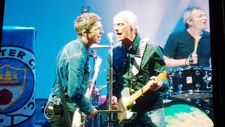 Noel Gallagher S High Flying Birds Ft Paul Weller A Town Called Malice Live At Bristol Downs
