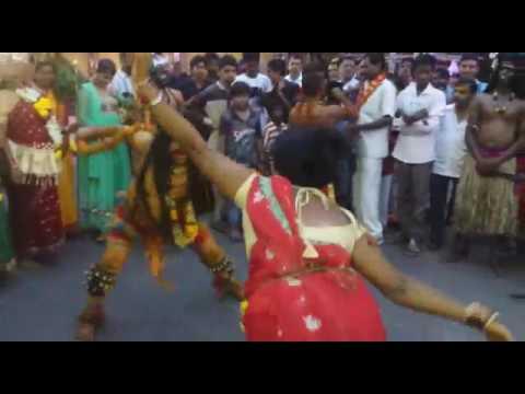 Lady potaraju fabulous 3mar dance