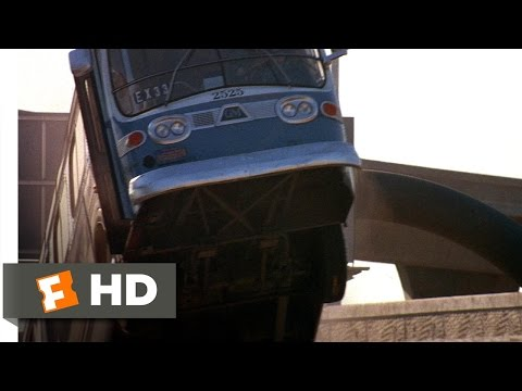 Speed (2/5) Movie CLIP - Jumping the Gap...