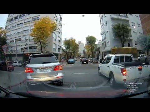 Bad Drivers of Uruguay #28