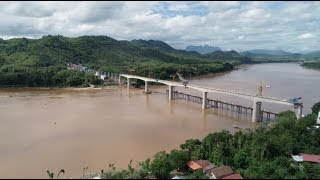 Last Section of China-Laos Railway Bridge Put in Place