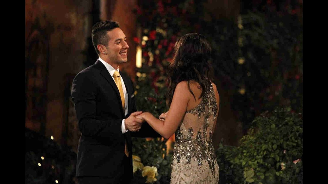 The Bachelorette Andi First Rose Ceremony
