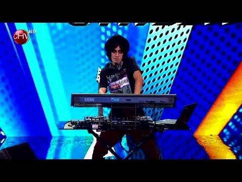 Dj Tédiz subió al escenario a mostrar su pasión por la música electrónica  - TALENTO CHILENO 2014