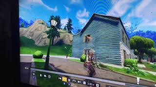 Playing Fortnite with ham