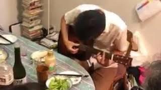 ياباني يغني اغنية فوك النخل فوك