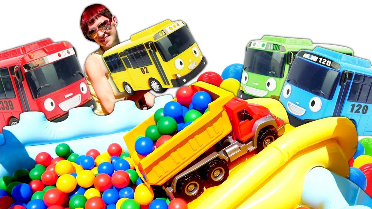 Большие машинки и автобусы Тайо на прогулке - Видео с машинками для детей - Капуки Кануки