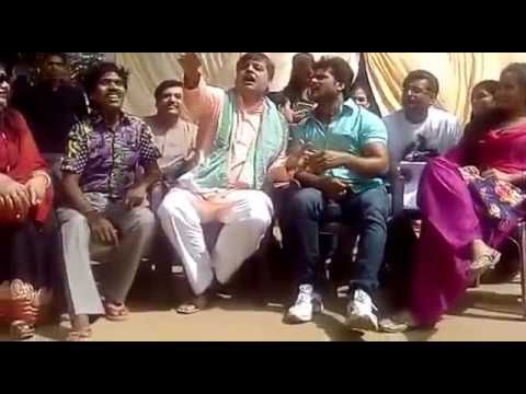 khesari lal yadav & anand mohan pandey singing bhojpuri traditional song   gaai ke gobare mahadev