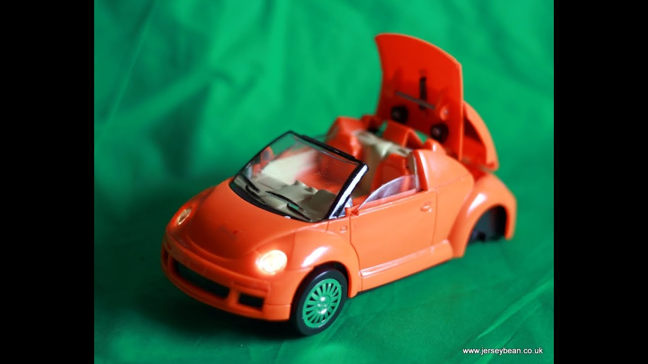 Yodelling VW Volkswagen Beetle Toy - somewhat persistent - YouTube