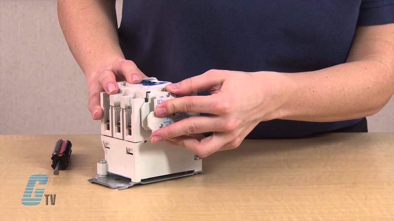 how to add an auxiliary contact block to eaton cutler hammer freedom series nema contactor youtube [ 1280 x 720 Pixel ]