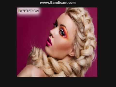 Всё косы твои всё бантики.да прядь золотых волос