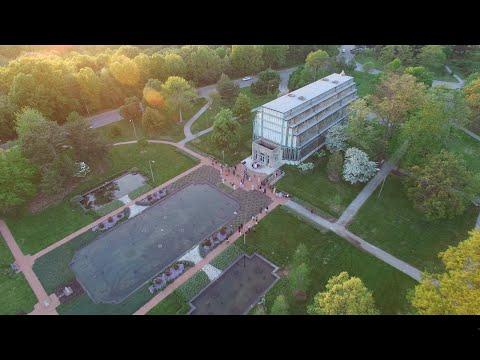 Drone over Jewel Box, Planetarium, and Science Center (4K)