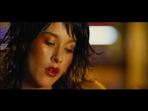 Фильм Револьвер и лучшие цитаты из фильма (Видео ...  |Elana Binysh Revolver