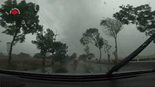 Saat Hujan Dan Petir Menemani Perjalanan