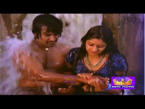 என்னடி-பண்ற-ஒண்ணுமில்ல-சும்மா-!!-இரும்பு-போல-!!-#sridevi-#rajini