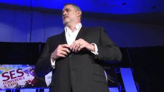 Jeffrey Hayzlett,  former VP, Eastman Kodak, rocks the audience at SES San Francisco 2010