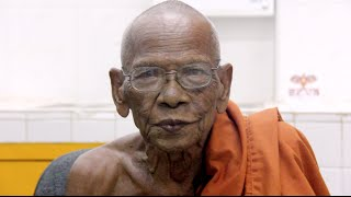 Restoring Sight to  a Cambodian Monk