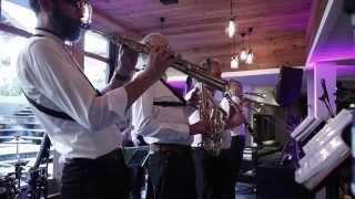 Double Check Stomp - Le Jackass Brass Band au M de Megève - Wine and Swing 2015