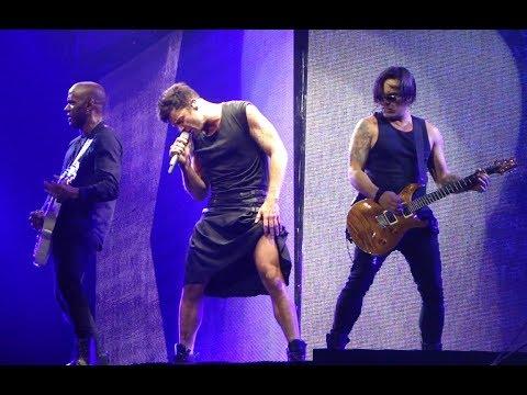 RICKY MARTIN live 2017 - DÉJATE LLEVAR - IT'S ALRIGHT (LA CORUÑA)