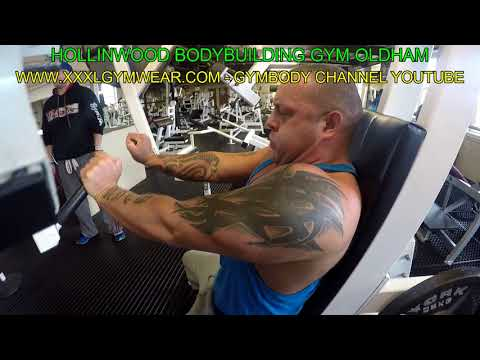 22nd August Chest Triceps Workout with Tom and Stuart at Hollinwood Bodybuilding Gym
