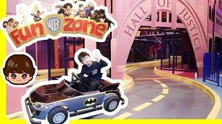 ★「バットマンの車でレースだ~!」ワーナーブラザーズ・ファンゾーン★