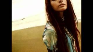 Artista: Olivia Album: Synchronicity Singolo: Mint.