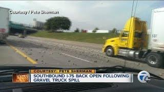 Gravel Hauler loses load on I-75