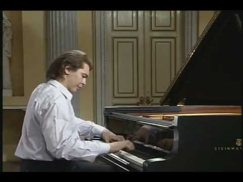 Ivo Pogorelich - Haydn - Piano Sonata No 31 in A-flat major,