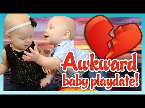 AWKWARD BABY PLAYDATE! | Look Who's Vlogging: Daily Bumps
