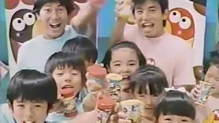 田中星児さんの隣のもう一人のお兄さんは誰だろう? 歌ってる声を聴くと...