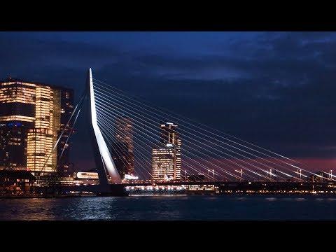 The Netherlands : Erasmus bridge in Rotterdam