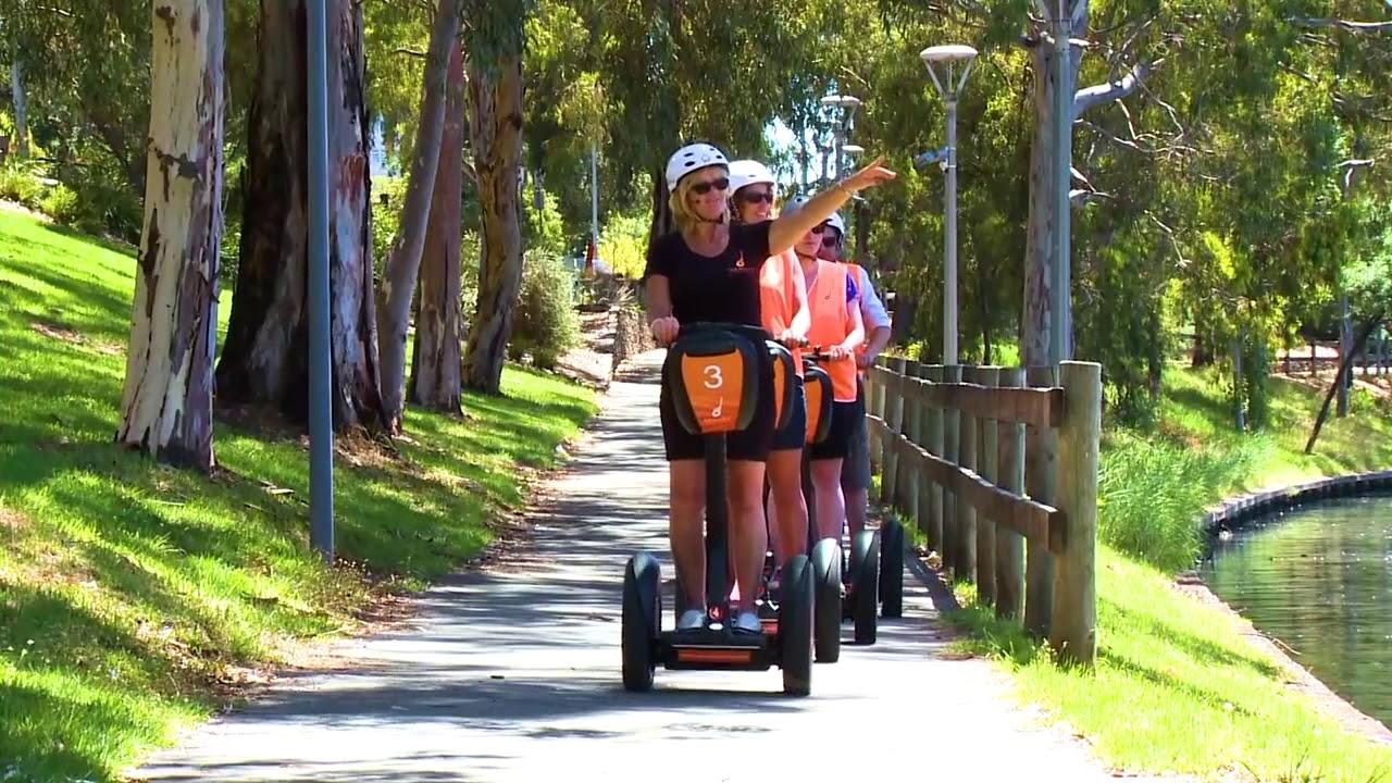 video Adelaide Riverbank Segway Tour