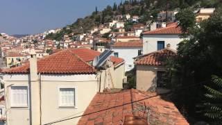 Uitzicht huisje op Poros