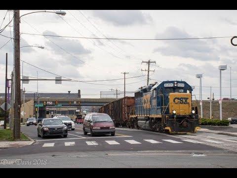 Conrail WPFJ-10 Street Running On Busy Bleigh Avenue In Philadelphia