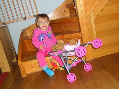 Распаковка детской коляски для кукол! Unboxing baby-carriage for dolls!