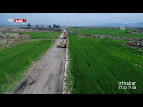 Sınırdaki birliklere destek için giden askeri araç sevkiyatı havadan görüntülendi.