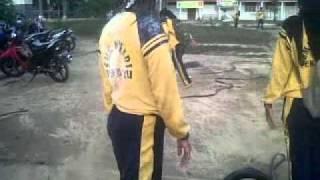 Repeat youtube video Video Perkelahian Pelajar.3GP