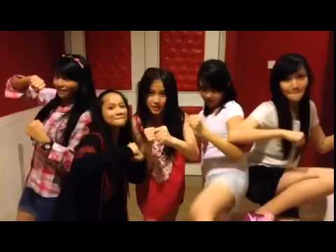 Google+ Michelle JKT48 video [2014-07-01...