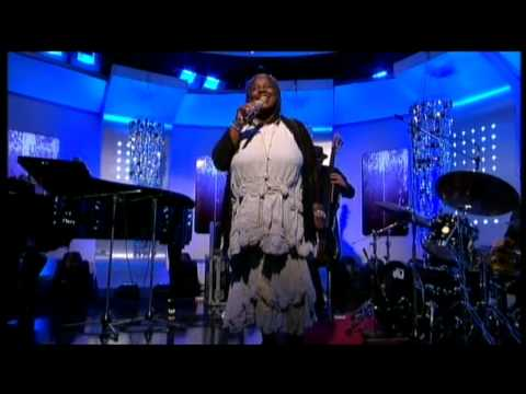 Randy Crawford - One Day I'll Fly Away - Live on 'This Morning'