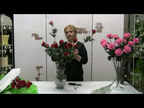 How To Arrange A Dozen Real Touch Roses In A Clear Vase Youtube