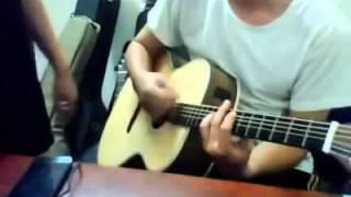 Dù có cách xa - guitar cover - quạt chả max đỉnh