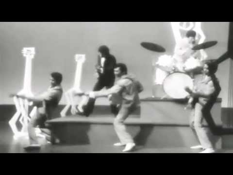 Tielman Brothers -Bossa Nova Baby (nostalgic Indo rock Music Video) live at TV Show