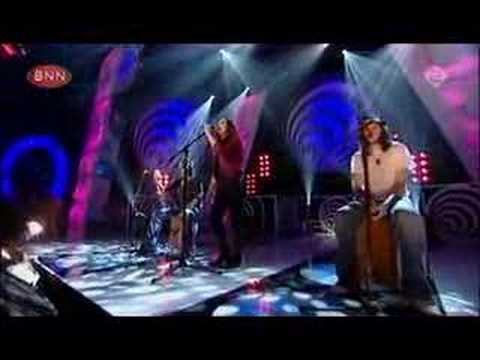 Sandi Thom - I Wish I Was a Punk Rocker (Live @ TOTP)