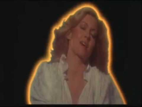 Olivia Newton John: Suspended in time (HQ Version!)