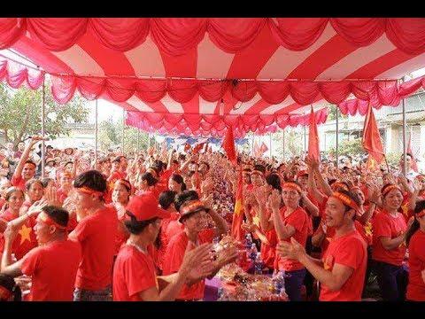 Rợp trời cờ đỏ ở Quỳnh Lưu  - Nghệ An