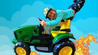 Surprise Toy Unboxing and Assembling The POWER Wheel Ride on Tractor Buldozer | Kids Car Playtime