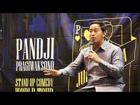 Tur Juru Bicara 2016 - Pandji Pragiwaksono Kupas Masalah Bangsa Lewat Komedi